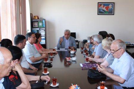 Ведущие ученые из Болгарской академии наук посетили Институт философии НАНА