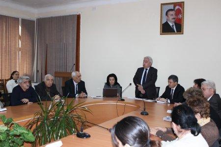 """""""Heydər Əliyevin dövlətçilik fəlsəfəsi"""" mövzusunda dəyirmi masa keçirilib"""